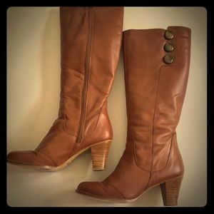 "Jeffrey Campbell ""Bertha"", tan leather Boots"